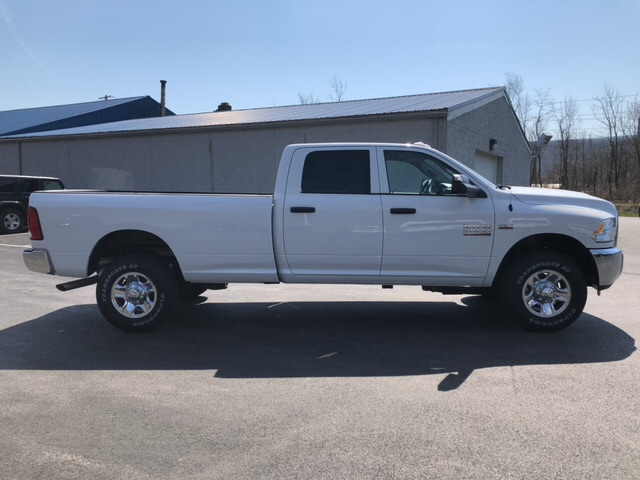 2018 Ram 2500 Crew Cab 4x4, Pickup #19106 - photo 5