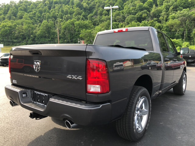 2018 Ram 1500 Quad Cab 4x4,  Pickup #19480 - photo 6