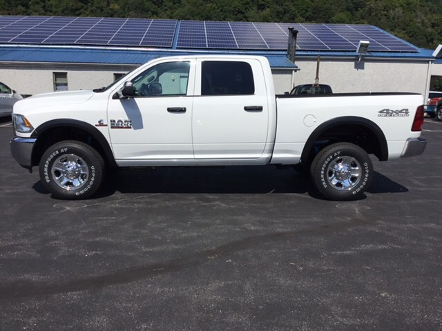 2018 Ram 2500 Crew Cab 4x4,  Pickup #19584 - photo 8