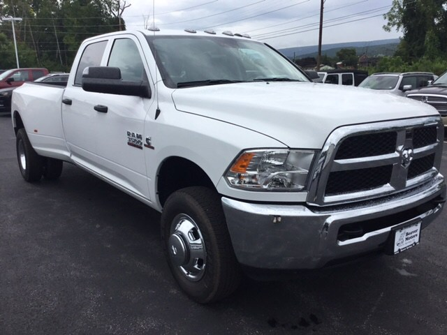 2018 Ram 3500 Crew Cab DRW 4x4,  Pickup #19631 - photo 4