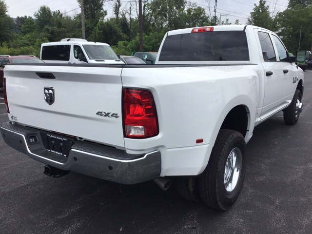 2018 Ram 3500 Crew Cab DRW 4x4,  Pickup #19631 - photo 6