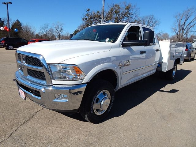 2017 Ram 3500 Crew Cab DRW 4x4, Service Body #17025 - photo 7