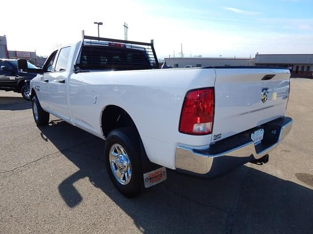 2017 Ram 2500 Crew Cab 4x4 Pickup #17284 - photo 4