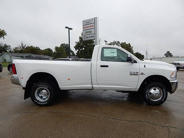 2018 Ram 3500 Regular Cab DRW 4x4 Pickup #18026 - photo 3