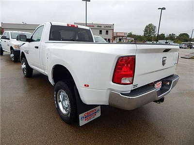 2018 Ram 3500 Regular Cab DRW 4x4 Pickup #18026 - photo 4