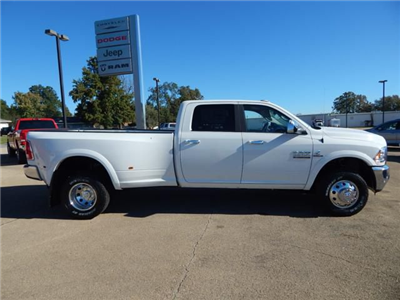 2018 Ram 3500 Crew Cab DRW 4x4 Pickup #18031 - photo 3