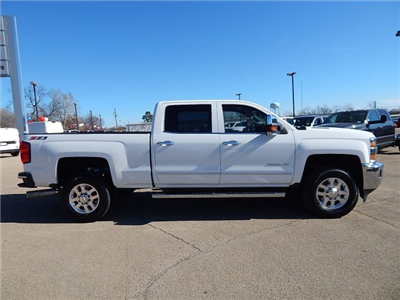 2015 Silverado 2500 Crew Cab 4x4, Pickup #18075A - photo 3