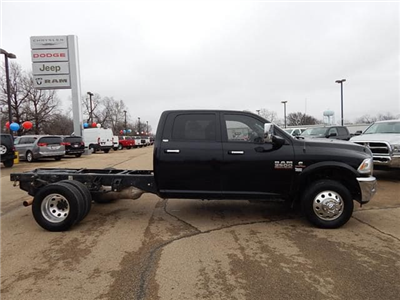 2015 Ram 3500 Crew Cab DRW 4x4, Cab Chassis #18080A - photo 3