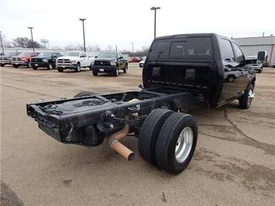 2015 Ram 3500 Crew Cab DRW 4x4, Cab Chassis #18080A - photo 2