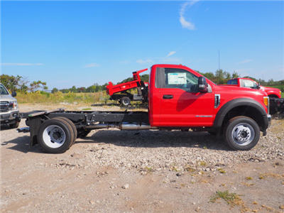 2017 F-450 Regular Cab DRW 4x4, Cab Chassis #HF680 - photo 3