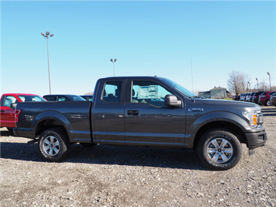 2018 F-150 Super Cab 4x4, Pickup #JF121 - photo 3