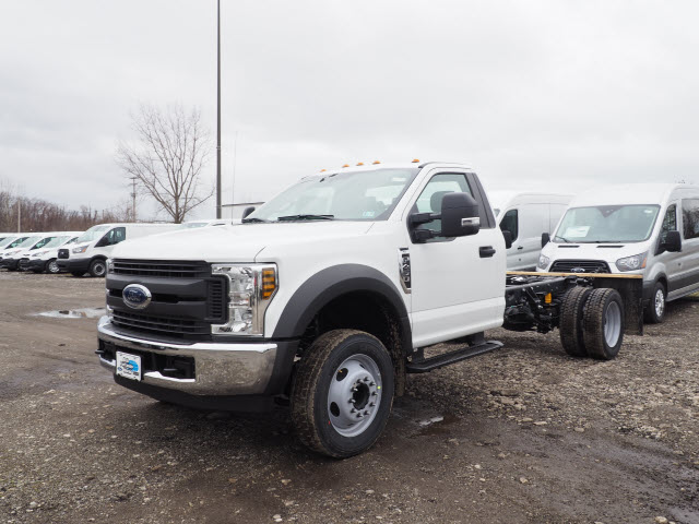 2018 F-450 Regular Cab DRW 4x2,  Cab Chassis #JF371 - photo 3