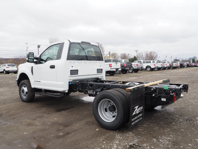 2018 F-350 Regular Cab DRW 4x4,  Cab Chassis #JF372 - photo 2