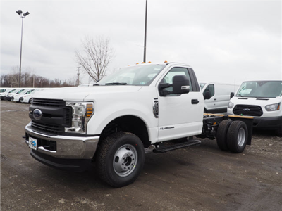 2018 F-350 Regular Cab DRW 4x4,  Cab Chassis #JF372 - photo 3