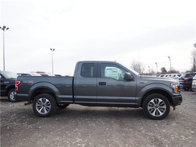 2018 F-150 Super Cab 4x4, Pickup #JF405 - photo 3