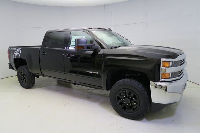 2017 Silverado 3500 Crew Cab 4x4, Pickup #G799 - photo 3