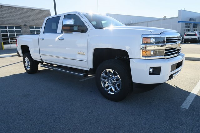 2017 Silverado 3500 Crew Cab 4x4, Pickup #G832 - photo 3