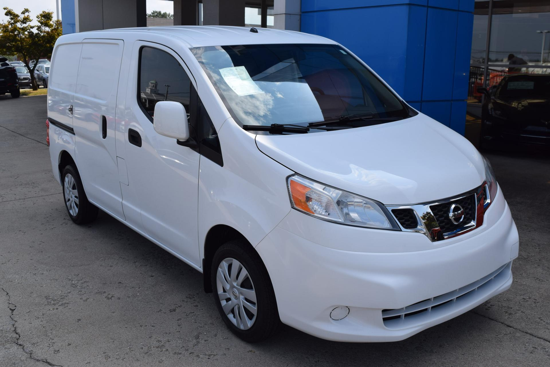 Kayser Nissan Service >> Nissan Delivery Trucks Comvoy