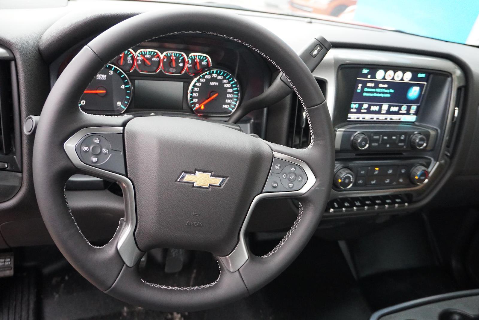 2019 Chevrolet Silverado 5500 Regular Cab DRW 4x2, Rollback Body #91052 - photo 16