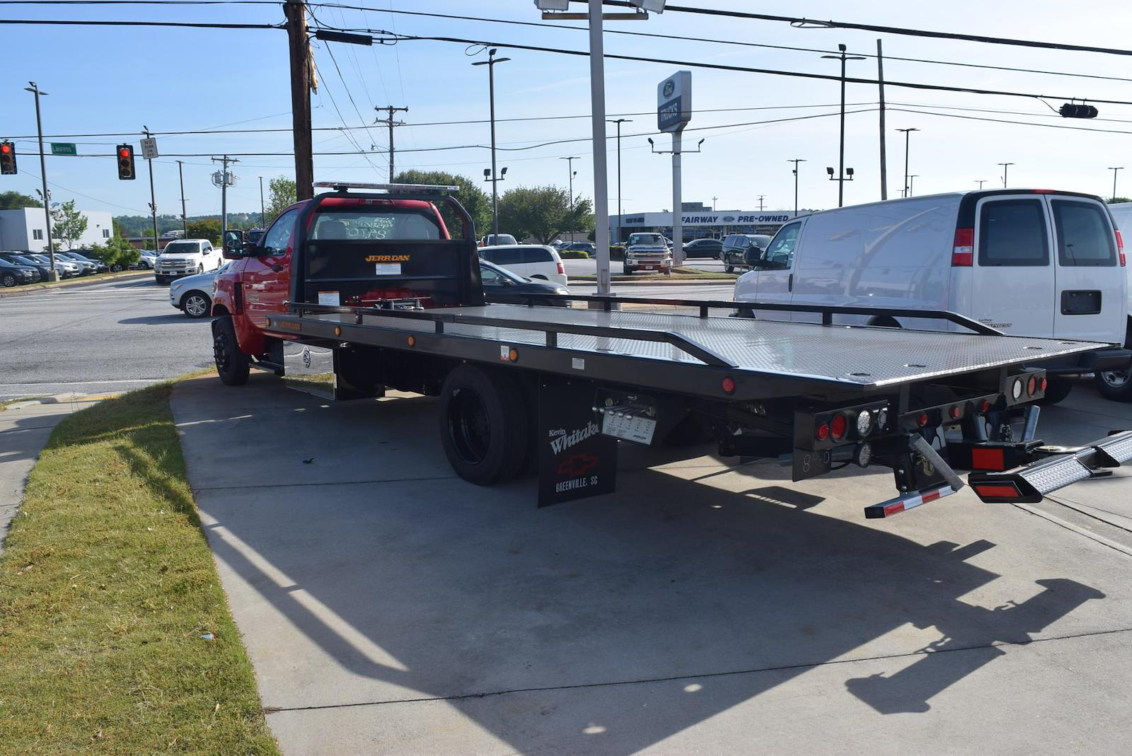 2019 Chevrolet Silverado 5500 Regular Cab DRW 4x2, Rollback Body #91052 - photo 8