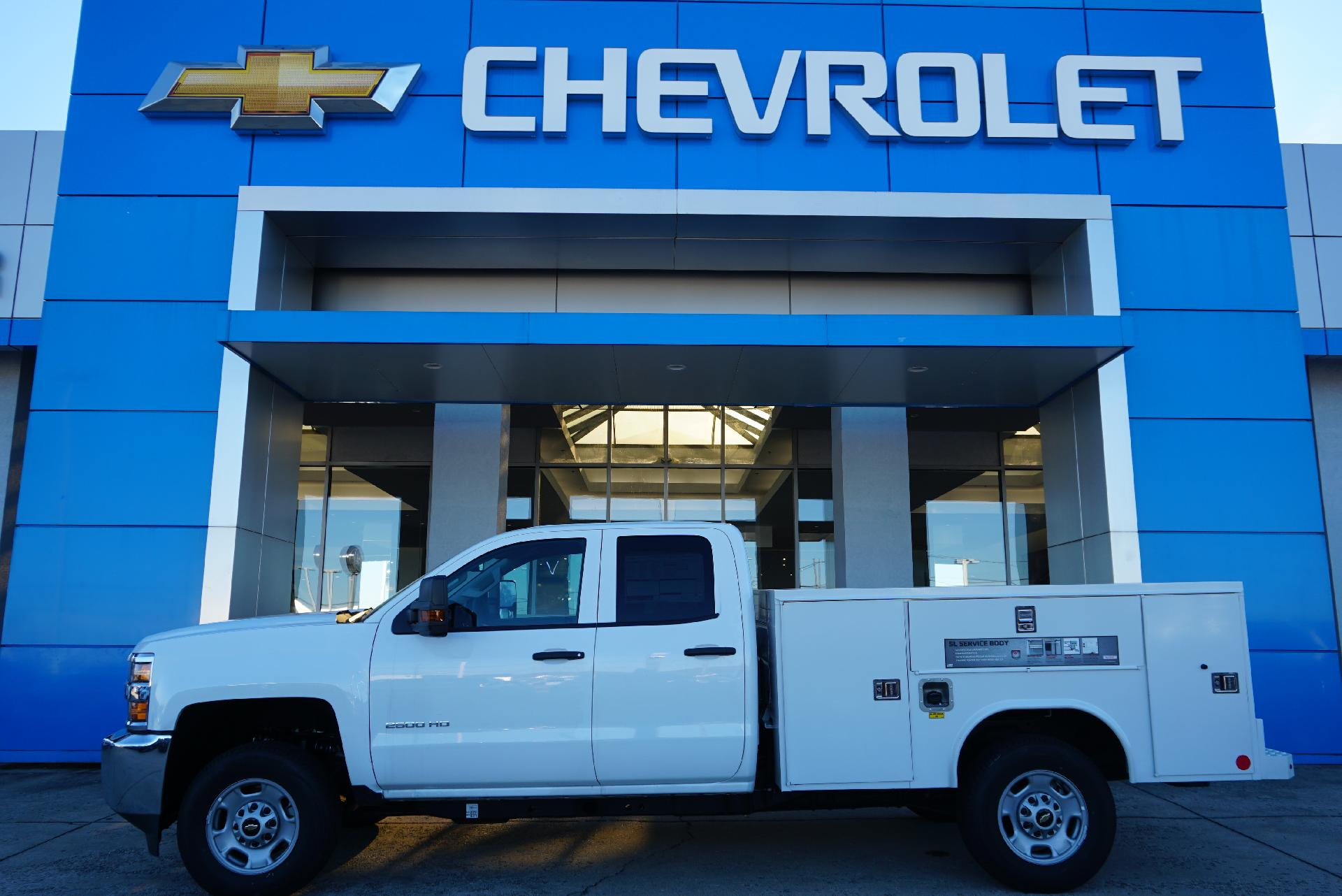 2019 Silverado 2500 Double Cab 4x2, Reading Service Body #91718 - photo 1