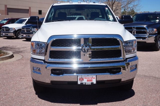 2017 Ram 3500 Regular Cab DRW 4x4, Cab Chassis #7745R - photo 4