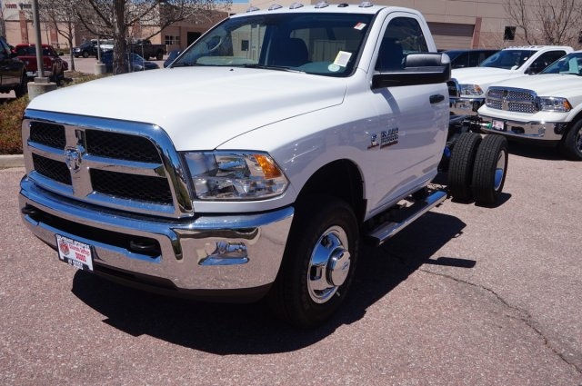 2017 Ram 3500 Regular Cab DRW 4x4, Cab Chassis #7745R - photo 5