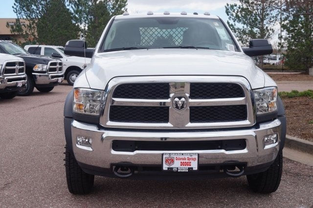 2017 Ram 5500 Crew Cab DRW 4x4, Platform Body #7765R - photo 4