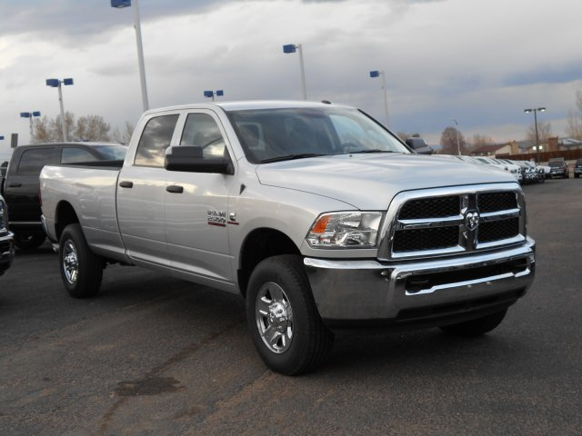 2017 Ram 2500 Crew Cab 4x4, Pickup #HG517651 - photo 3