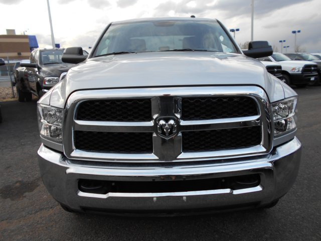 2017 Ram 2500 Crew Cab 4x4, Pickup #HG517651 - photo 4