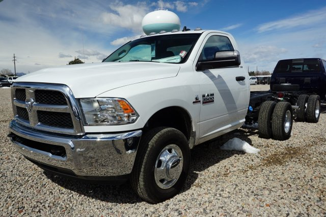 2017 Ram 3500 Regular Cab DRW 4x4,  Cab Chassis #HG534431 - photo 4