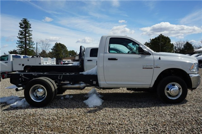 2017 Ram 3500 Regular Cab DRW 4x4,  Cab Chassis #HG534431 - photo 3