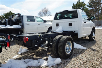 2017 Ram 3500 Regular Cab DRW 4x4,  Cab Chassis #HG534431 - photo 2