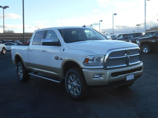 2017 Ram 2500 Crew Cab 4x4, Pickup #HG571228 - photo 3
