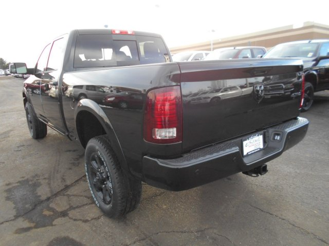 2017 Ram 2500 Crew Cab 4x4, Pickup #HG571237 - photo 2