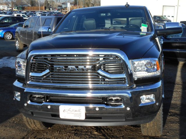 2017 Ram 2500 Crew Cab 4x4, Pickup #HG578874 - photo 4