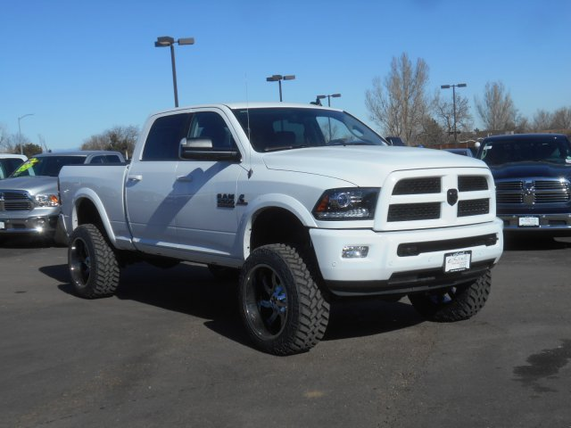2017 Ram 2500 Crew Cab 4x4, Pickup #HG590446 - photo 3