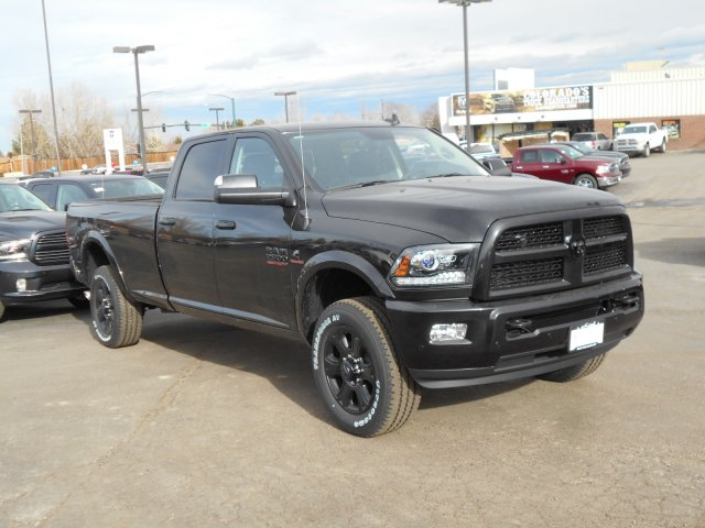 2017 Ram 2500 Crew Cab 4x4, Pickup #HG590467 - photo 3