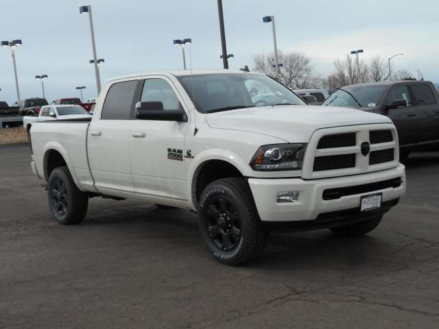2017 Ram 2500 Crew Cab 4x4, Pickup #HG601283 - photo 3