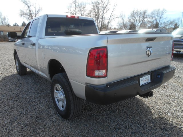 2017 Ram 3500 Crew Cab 4x4 Pickup #HG651466 - photo 2
