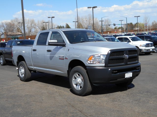 2017 Ram 3500 Crew Cab 4x4 Pickup #HG651467 - photo 3