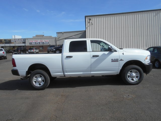 2017 Ram 3500 Crew Cab 4x4 Pickup #HG651470 - photo 7