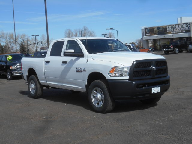 2017 Ram 3500 Crew Cab 4x4 Pickup #HG651470 - photo 3