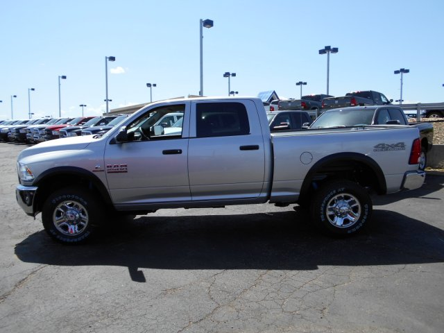 2017 Ram 2500 Crew Cab 4x4, Pickup #HG662992 - photo 5