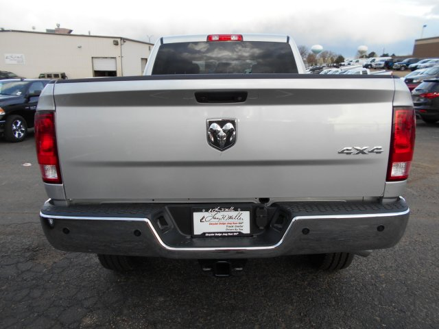 2017 Ram 2500 Crew Cab 4x4, Pickup #HG662995 - photo 6