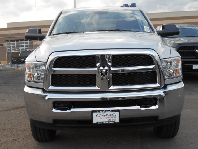2017 Ram 2500 Crew Cab 4x4, Pickup #HG662995 - photo 4