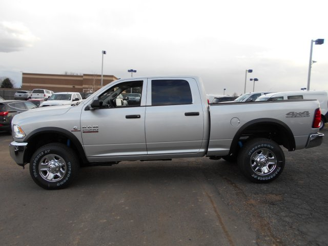 2017 Ram 2500 Crew Cab 4x4, Pickup #HG662995 - photo 5