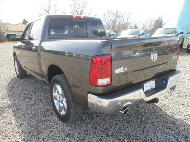2017 Ram 1500 Crew Cab 4x4, Pickup #HG665278 - photo 2