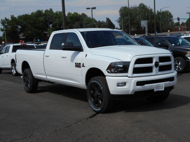 2017 Ram 2500 Crew Cab 4x4 Pickup #HG733142 - photo 3