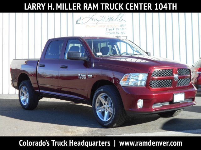 2017 Ram 1500 Crew Cab 4x4, Pickup #HG739267 - photo 1